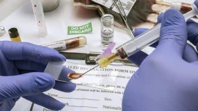 Scientific examines sample of coronavirus